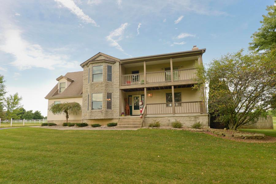 Photo of home for sale at 2464 Blayney Road, Sunbury OH