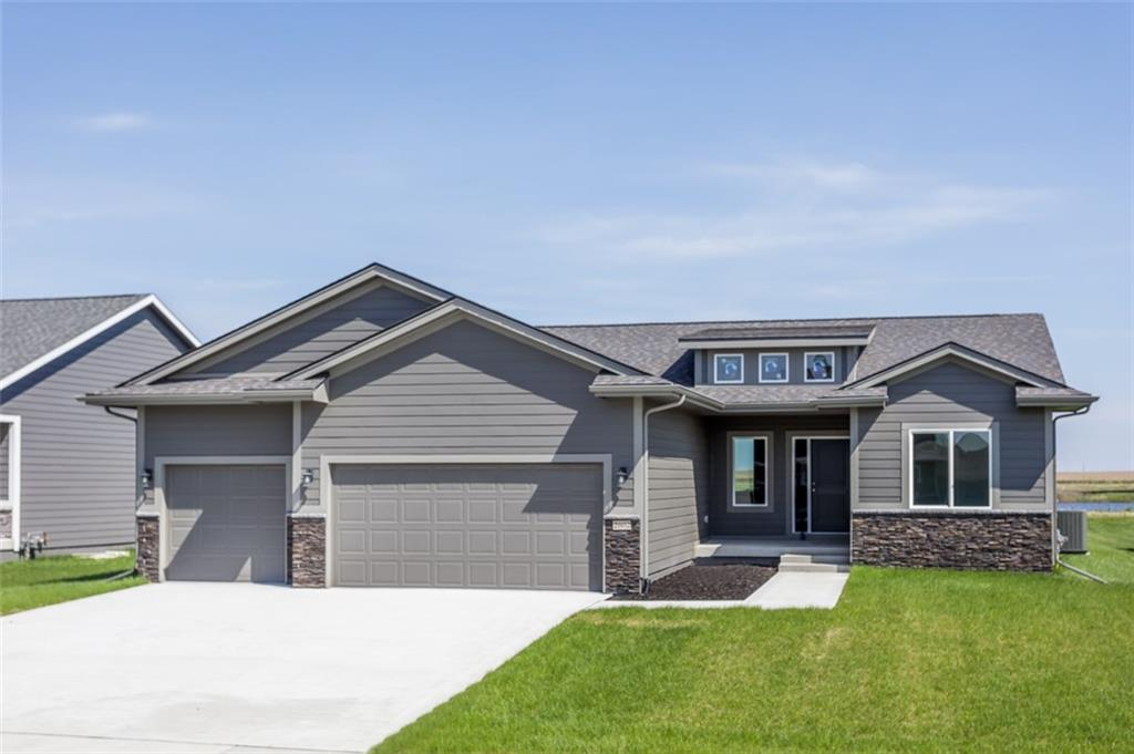 Photo of home for sale at 2602 40th Street NW, Ankeny IA