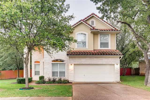 Photo of home for sale at 15300 Interlachen DR, Austin TX
