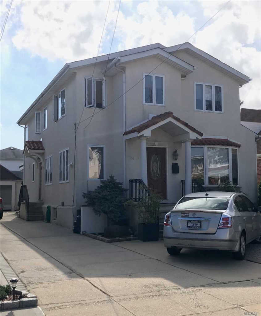 Photo of home for sale at 151-64 20 Rd, Whitestone NY