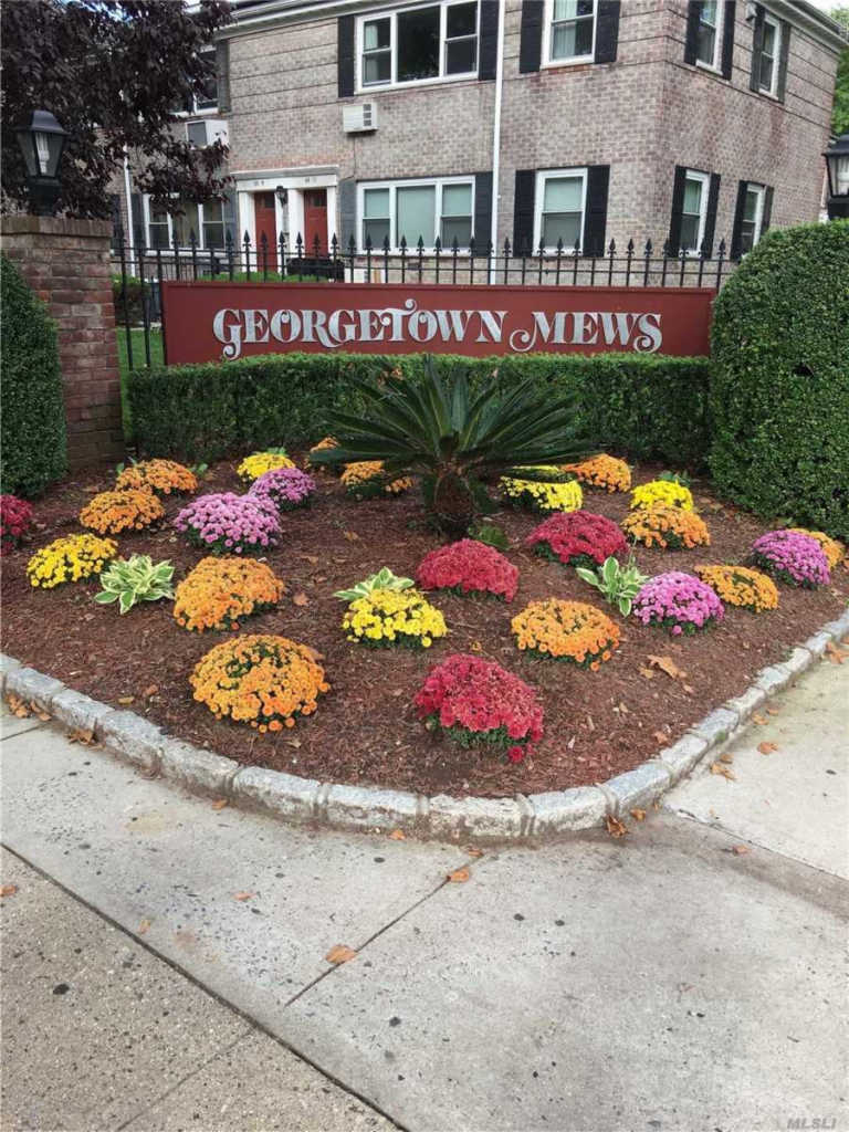 Photo of home for sale at 67-38 150th Street, Kew Garden Hills NY