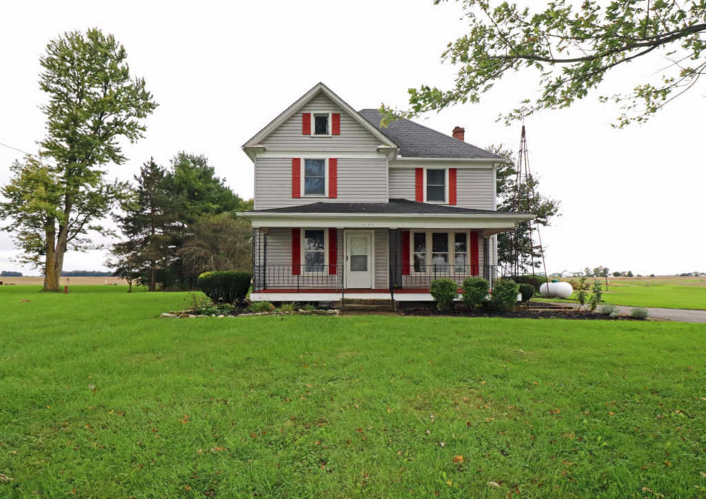Photo of home for sale at 5180 US-42, Plain City OH
