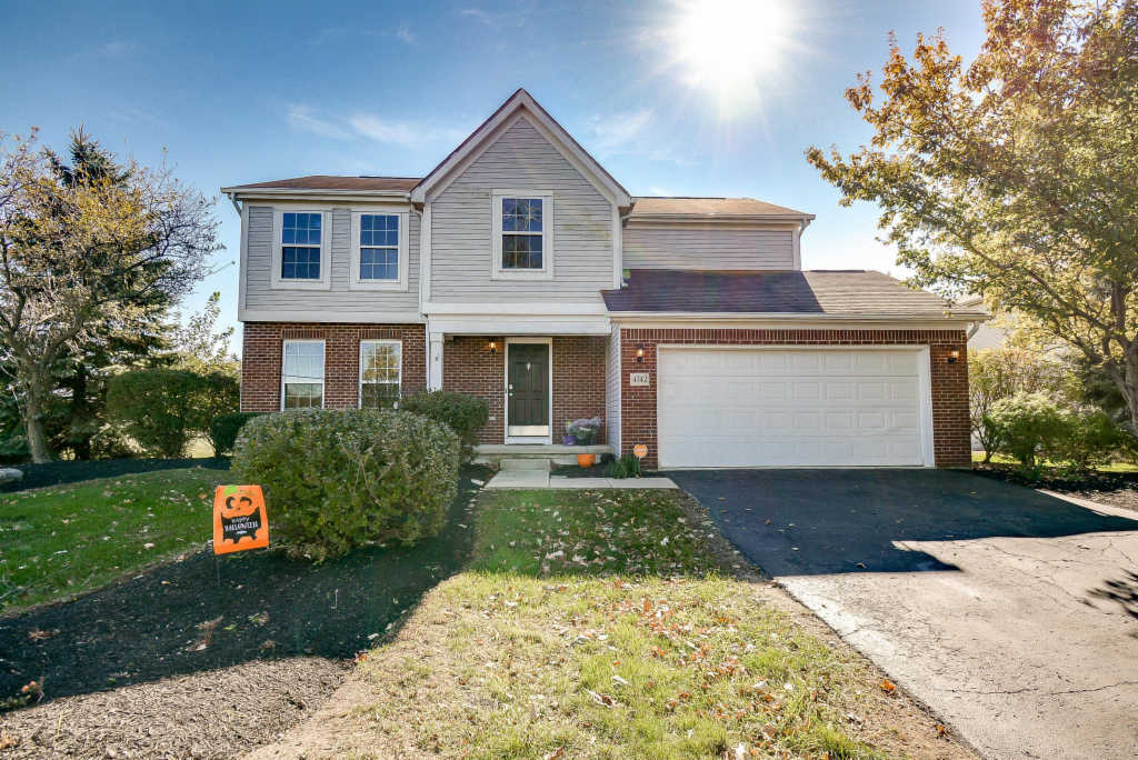 Photo of home for sale at 4742 Founders Drive, Groveport OH