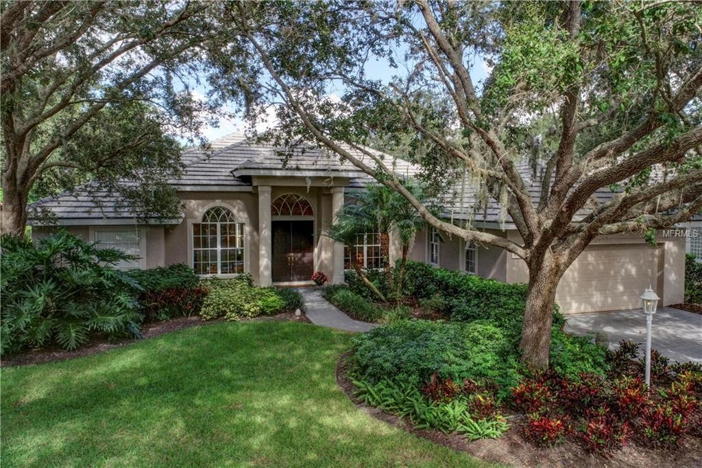 Photo of home for sale at 6304 THORNDON CIRCLE, University Park FL