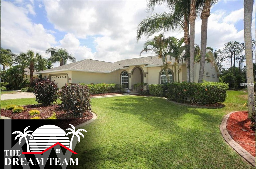 Photo of home for sale at 6614 PEACH TREE CREEK ROAD, Bradenton FL