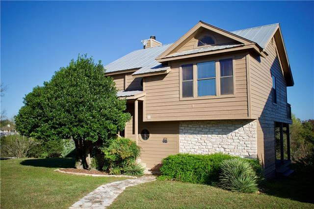 Photo of home for sale at 114 Courtside CIR, Spicewood TX