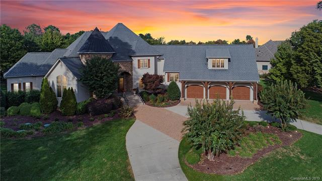 Photo of home for sale at 252 Milford Circle, Mooresville NC