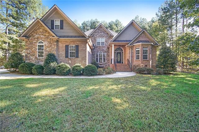 Photo of home for sale at 6910 Pebble Bay Drive, Denver NC