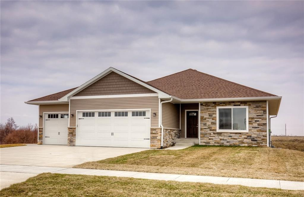 Photo of home for sale at 708 Lily Lane, Pleasantville IA