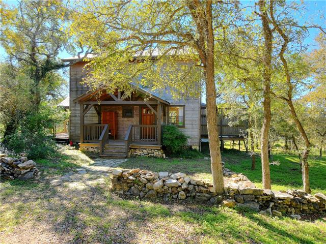 Photo of home for sale at 701 Thurman RD, San Marcos TX