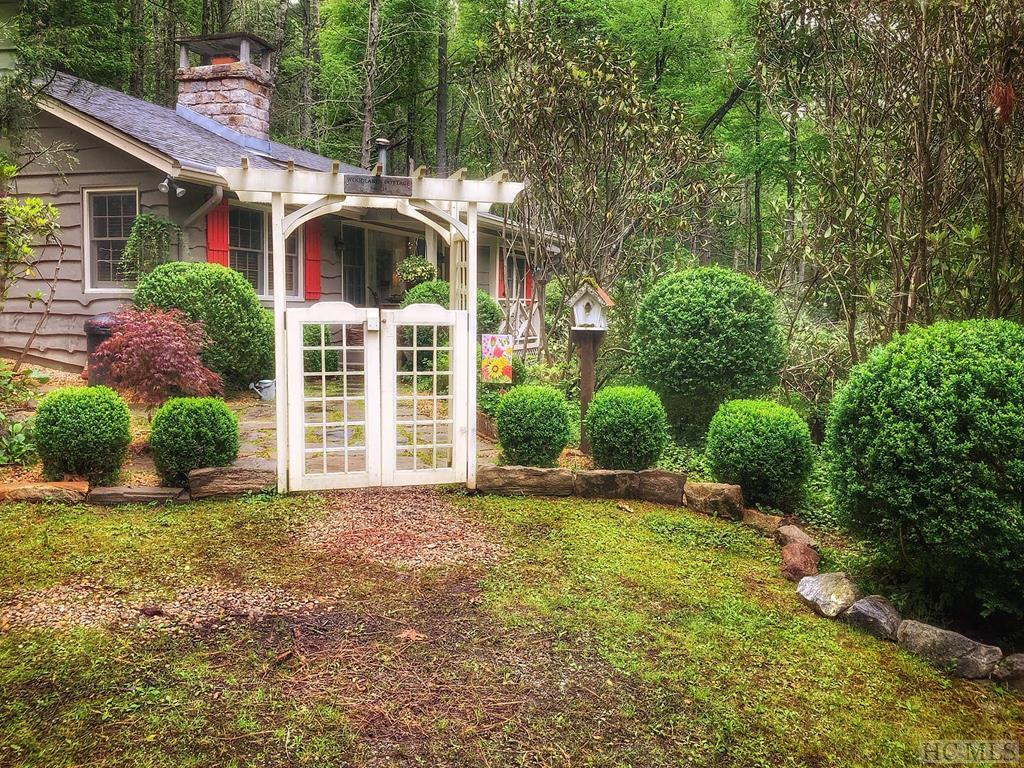 Photo of home for sale at 53 Dog Mountain Road, Highlands NC