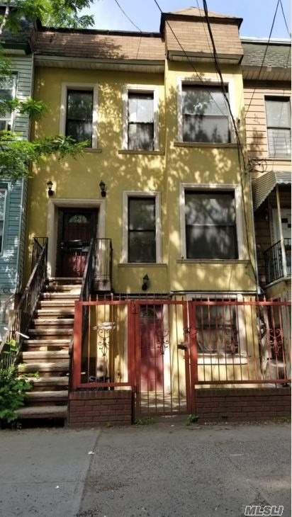 Photo of home for sale at 1305 Shakespeare Ave, Bronx NY
