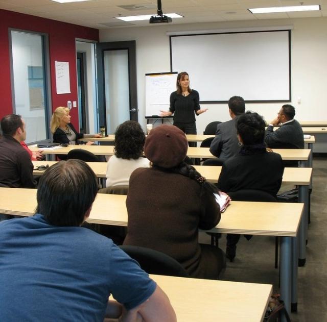 Ventura_Real_Estate_School_Training_Room